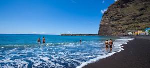 Blue Flagg 2017: Beach von Tazacorte mit FKK-Bereich Richtung Hafen