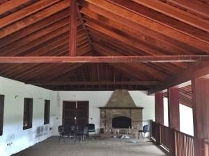 Einer der Räume des Anwesens: Hier werden Parties gefeiert.
