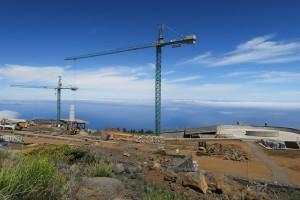 Baustelle des Besucherzentrums auf dem Roque de Los Muchachos: Eines der vielen Projekte, die mit Hilfe von FDCAN-Geldern finanziert werden. Foto: Michael Kreikenbom