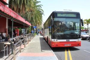 Das aktuelle Drehkreuz der Busse von der ganzen Insel in Santa Cruz: Der Standort in der Avenida de Los Indianos ist alles andere als ideal für alle Beteiligten. Foto: La Palma 24