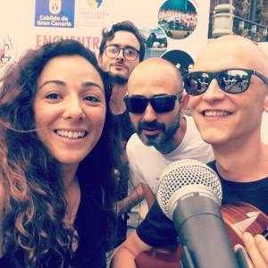 Puerto Naos: fetzige Musik mit den Caracoles. Foto: band