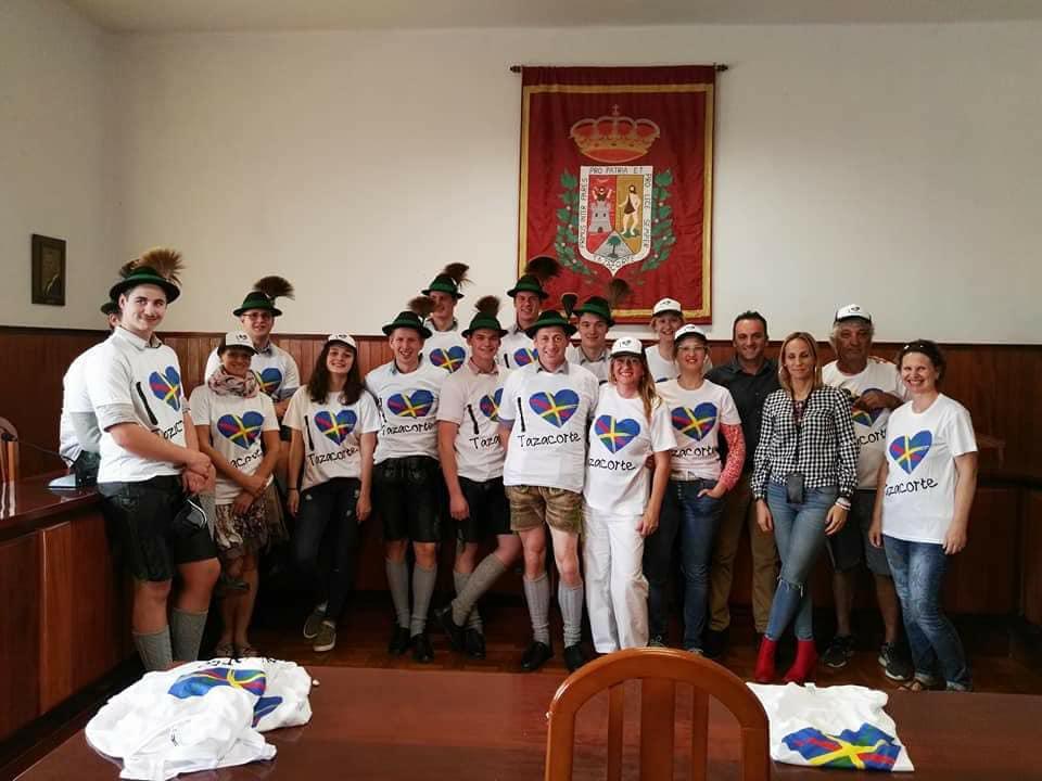 Die Edelweisser sind auf La Palma eingeflogen: hier beim Empfang im Rathaus von Tazacorte.