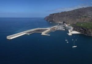 Der Hafen von Tazacorte: 2018 laufen die ersten Kreuzfahrtschiffe ein. Foto: GobCan