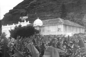 Altes Foto vom einstigen Hotel Florida in Brena Alta-Bajamar vorm Stadteingang von Santa Cruz de La Palma: Hier wohnt Manolo Blahnik, wenn er auf seiner Heimatinsel uralubt.