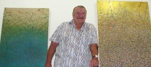 Helmut Kiesewetter: der Maler zeigt wieder einmal seine Werke. Foto: La Palma 24