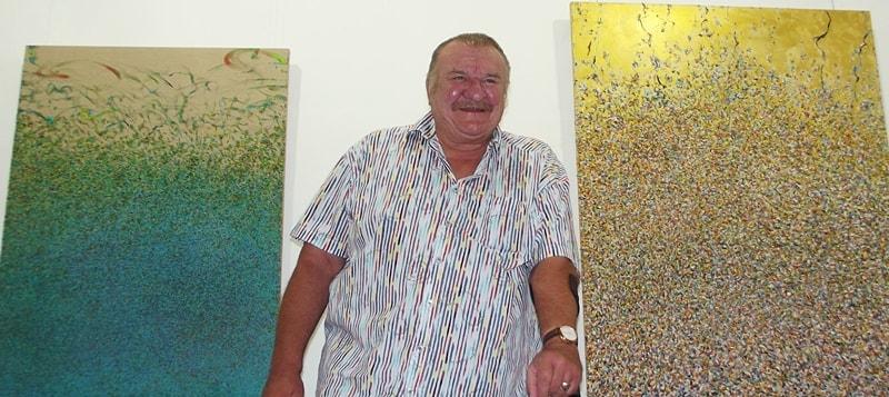 Neue Kiesewetter-Ausstellung. Helmut Kiesewetter zeigt wieder einmal seine Werke: Diesmal präsentiert er Malereien im Tourismusbüro in Los Cancajos. Die Vernissage findet am Donnerstag, 4. Januar 2018 um 15.30 Uhr statt, ab dem anschließenden Tag ist die Ausstellung montags bis freitags von 9 bis 13.30 Uhr und von 15 bis 18 Uhr, samstags von 9 bis 13 und von 16 bis 18 Uhr und sonntags von 9.20 bis 14 Uhr geöffnet. Bis zum Ende der Schau am 19. Januar ist Helmut Kiesewetter täglich von 11.30 bis 12.30 Uhr anwesend. Wir haben über den Maler und Fotografen schon einmal berichtet.