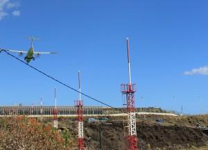 Trotz ordentlich Wind sind es die Binter-Maschinen, die am Donnerstagmorgen als erstes wieder die Landung auf dem SPC-Airport packen: