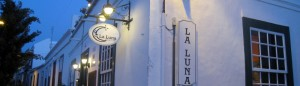 La Luna: nice restaurant with a romantic courtyard.