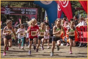 Neben den 3.600 erwachsenen StarterInnen gehen Kinder und Jugendliche an den Start: Der Nachwuchs läuft, und läuft und läuft. Foto: TRV