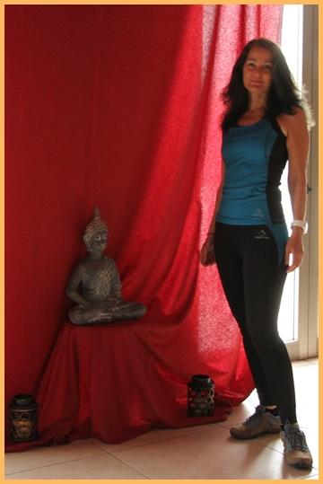 Heidrun lehrt Yoga