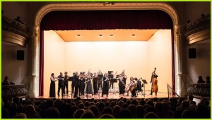Geniale Konzerte in einem tollen Rahmen: Dennoch sind die Ticketpreise beim Festival de Música de La Palma stets äußerst moderat, denn auf der Insel herrschen andere Einkommensverhältnisse als in Mitteleuropa.
