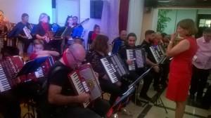 Una Hora menos en Canarias: So heißt das Akkordeon-Orchester auf La Palma.