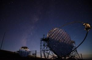 MAGIC-moments: Die Wissenschaftler feiern ihre 15-jährigen Forschungen auf La Palma. Foto: MAGIC
