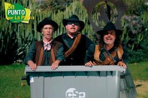 "Trío Zapatista: ""Müll-Männer"" ehrenhalber."