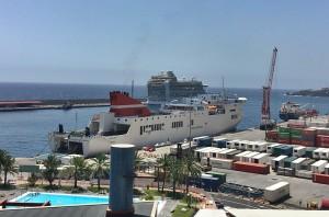Die Albayzin: Residenten der Kanarischen Inseln können mit der Fähre