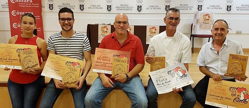 Ruta del Gallo-Gewinner 2018. Die Schlemmer-Tour durchs Aridanetal ist zu Ende, und auch in diesem Sommer haben die Gäste wieder die Lokale gewählt, in denen ihnen die Tapas am besten geschmeckt haben. Der Goldene Hahn Gallo de Oro geht 2018 ans Restaurante Franchipani in Celta. Die Premio Popular hat das Restaurante La Norias in Las Norias errungen. Der Silberne Hahn wurde ans Restaurante La Fuente und der Gallo de Bronce an die Gastrobar Duende del Fuego in Los Llanos verliehen.