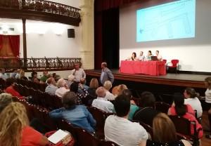 reunión en el ayuntamiento de Santa Cruz: