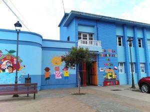 Schule Buenavista in Brena Alta: Die Kinder werden hergebracht und abgeholt. Foto: Gemeinde