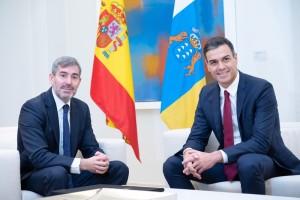 Spaniens Präsident Pedro Sánchez und Kanarenpräsident Fernando Clavijo: