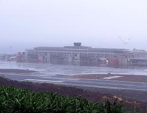 Nebel am Airport SPC: machte die Landung am Dienstagmorgen für einige Inselhüpfer unmöglich.