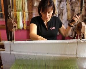 Seidenmuseum El Paso: Die Hilanderas weben den edlen Stoff wie ihre Vorfahren - und jetzt erobern sie die Herzen der Modedesigner. Foto: La Palma 24