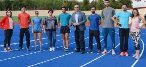 Die LeichtathletInnen sind zufrieden: Im Miraflores-Stadion lässt es sich gut und bei angenehmen Temperaturen trainieren. Foto: Cabildo