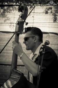 Der wohl bekannteste Bassist auf La Palma: Manolo von den Tihuya Cats.