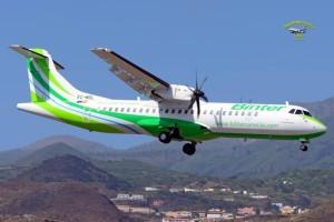 Die Inselhüpfer von Binter: Auf dem Flugplan stehen im Sommer Direktflüge nach Lanzarote und Fuerteventura, und ab Oktober der Reina Sofia-Airport auf Teneriffa. Foto: Carlos Díaz
