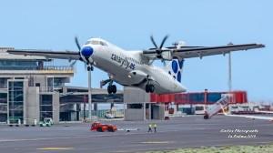 Airport Santa Cruz de La Palma: Hier und auf den anderen Flughäfen zeichnet sich ab, dass mehr spanische Maschinen landen und der internationale Flugverkehr mit den Touristen zurückgeht. Foto: Carlos Díaz