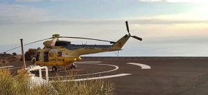 """Die """"gelben Engel"""" sind wieder da: Zwei Helis und die BRIF-Fire-Fighter stehen in Puntagorda für den Notfall bereit. Foto: BRIF"""