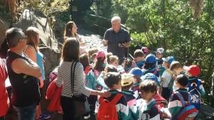 Die archäologischen Besucherzentren auf La Palma: Jorge Pais macht hier immer wieder Führungen - auch mit Schulkindern.