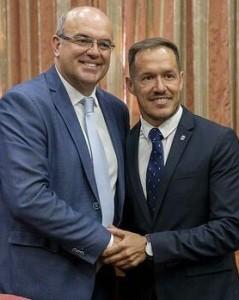 Anselmo Pestana (links) mit Mariano Hernández: Der Ex-Inselpräsident von La Palma ist jetzt der Vize.