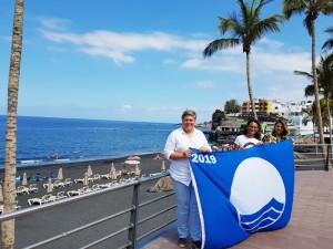 Puerto Naos: Am Strand weht wieder die Blaue Flagge!